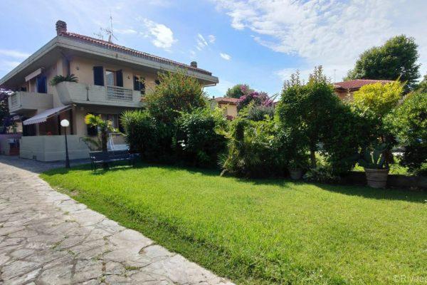 REF.1449 – Villa Ilaria